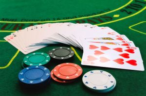 Popular Online Casino Games and the House Edge